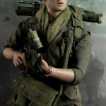 Hot-Toys-Platoon-Chris-Taylor-003