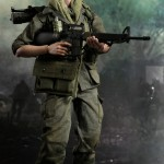 Hot-Toys-Platoon-Chris-Taylor-005
