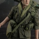 Hot-Toys-Platoon-Chris-Taylor-006