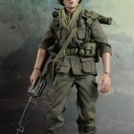 Hot-Toys-Platoon-Chris-Taylor-010
