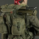 Hot-Toys-Platoon-Chris-Taylor-019