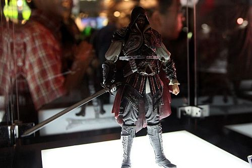 Square Enix Play Arts Figures From Tokyo Game Show 2010 ...