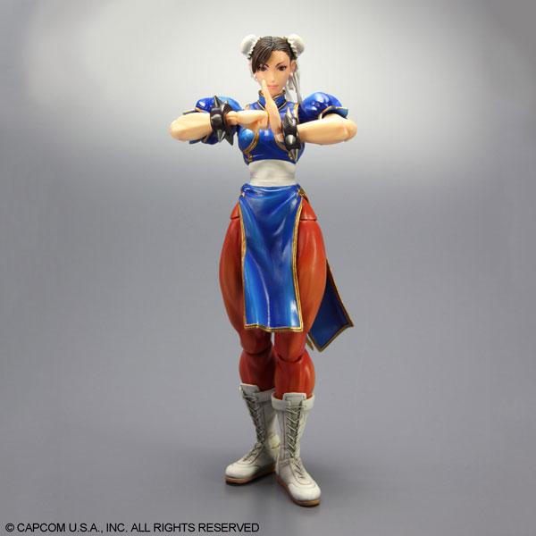 Play-Arts-Kai-Super-Street-Fighter-IV-Chun-Li-4