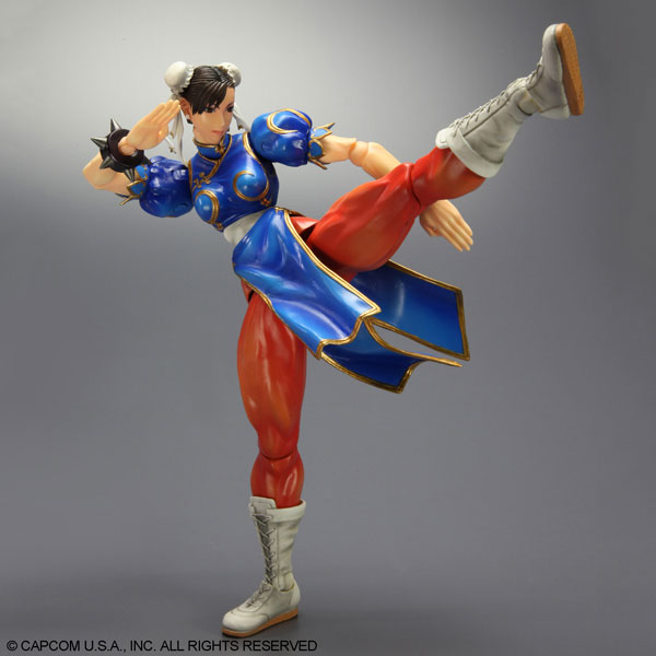 Play-Arts-Kai-Super-Street-Fighter-IV-Chun-Li-5