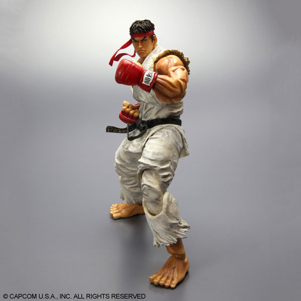 Play-Arts-Kai-Super-Street-Fighter-IV-Ryu-3
