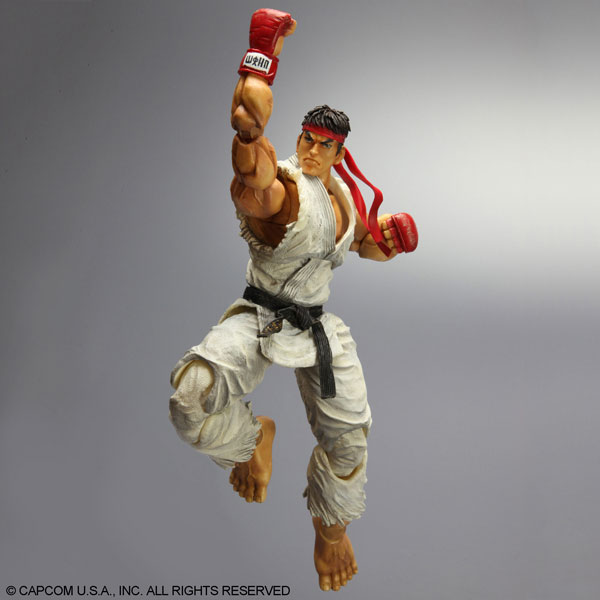 Play-Arts-Kai-Super-Street-Fighter-IV-Ryu-4
