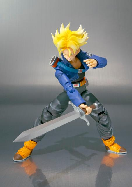 SH-FIguarts-Trunks-02