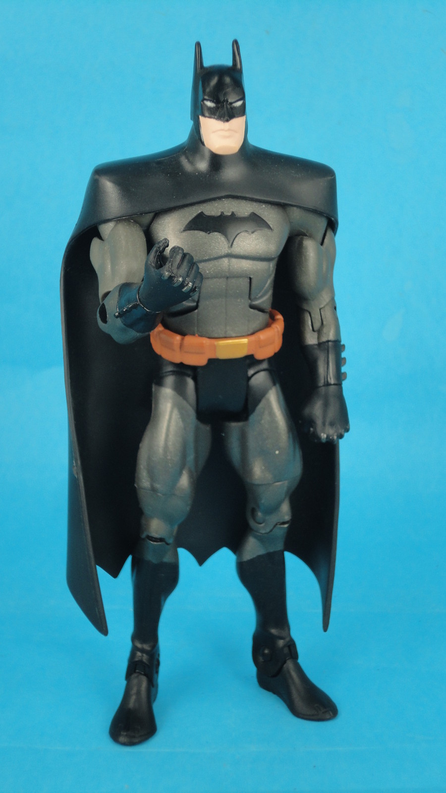 Young Justice Select Series Batman Auction - The Toyark - News