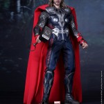 Hot-Toys-Avengers-Movie-Thor-002