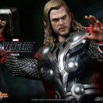 Hot-Toys-Avengers-Movie-Thor-003