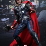 Hot-Toys-Avengers-Movie-Thor-007
