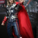 Hot-Toys-Avengers-Movie-Thor-008