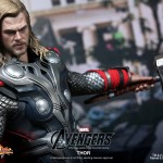 Hot-Toys-Avengers-Movie-Thor-009