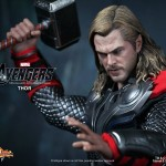 Hot-Toys-Avengers-Movie-Thor-011