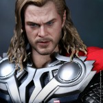 Hot-Toys-Avengers-Movie-Thor-014