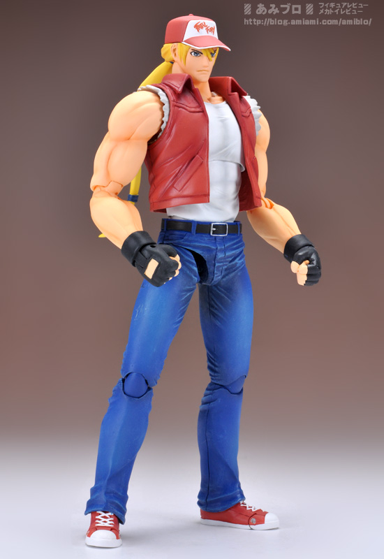 D-Arts-Terry-Bogard-Preview-01