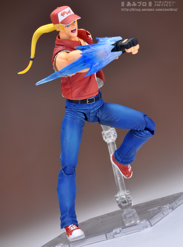 D-Arts-Terry-Bogard-Preview-07