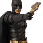MAFEX-Batman-04