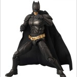 MAFEX-Batman-06