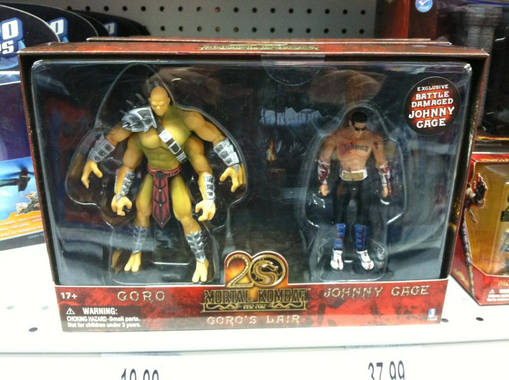 Mortal-Kombat-Goro-vs-Johnny-Cage-2-Pack