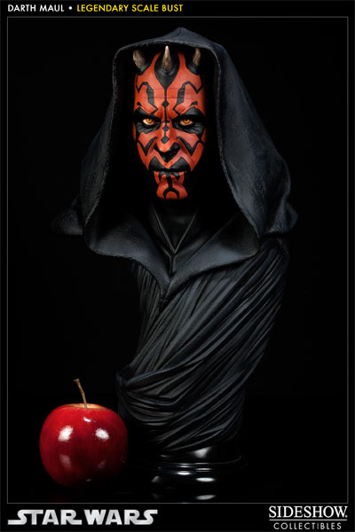 Darth-Maul-Legendary-Scale-Bust-003