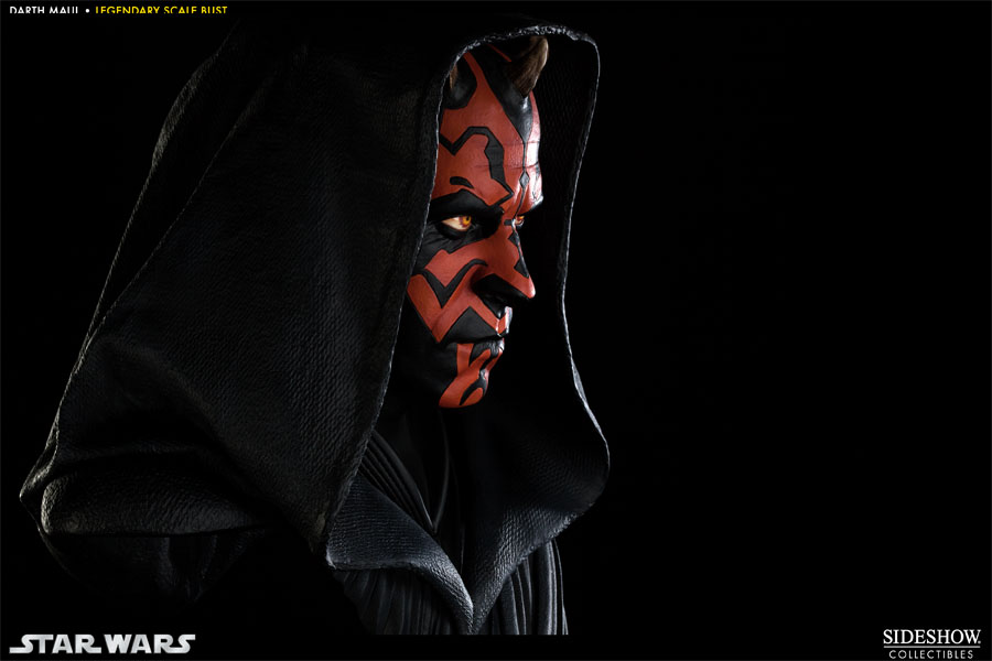 Darth-Maul-Legendary-Scale-Bust-008