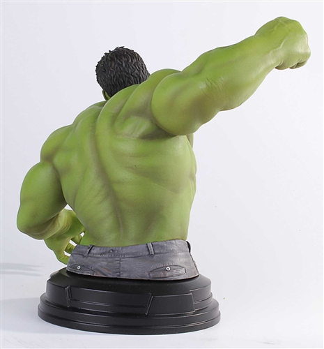 Gentle-Giant-Avengers-Movie-Hulk-Mini-Bust--005
