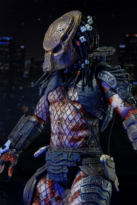 Predators-Series-7-Masked-City-Hunter-Predator-6