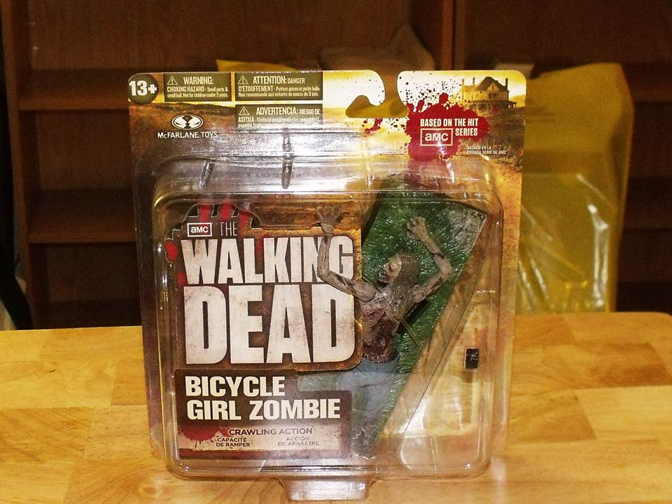 Walking-Dead-TV-Series-2-Bicyle-Girl-Zombie