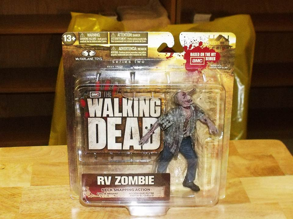 Walking-Dead-TV-Series-2-RV-Zombie