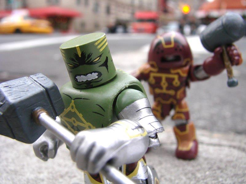 Marvel-Minimates-Toys-R-Us-Series-15-Hulk-Nul-and-Juggernaut-Kuurth