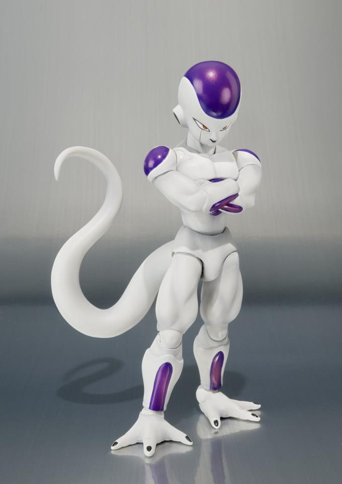 SH-Figuarts-Dragon-Ball-Z-Frieza-Final-Form-2