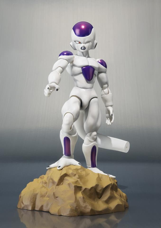 SH-Figuarts-Dragon-Ball-Z-Frieza-Final-Form-3