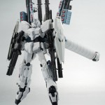 Robot-Damashii-SIDE-MS-Full-Armor-Unicorn-Gundam-Unicorn-Mode-01