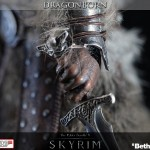 Gaming-Heads-Skyrim-Dragonborn-Statue-011