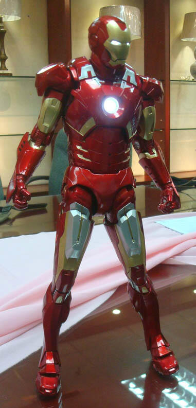 NECA - IRON MAN MARK VII 1/4 NECA-Quarter-Scale-Iron-Man-3