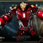 Hot Toys PPS Iron Man 3 Red Snapper Armor 010