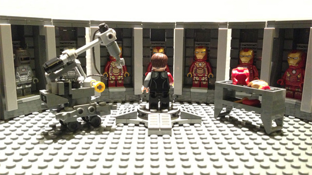 LEGO CUUSOO Iron Man Hall of Armor