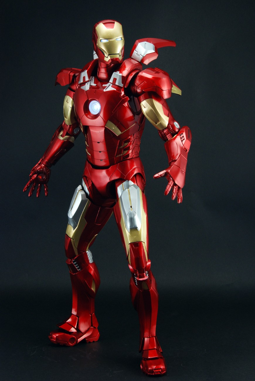 Avengers action figures iron man