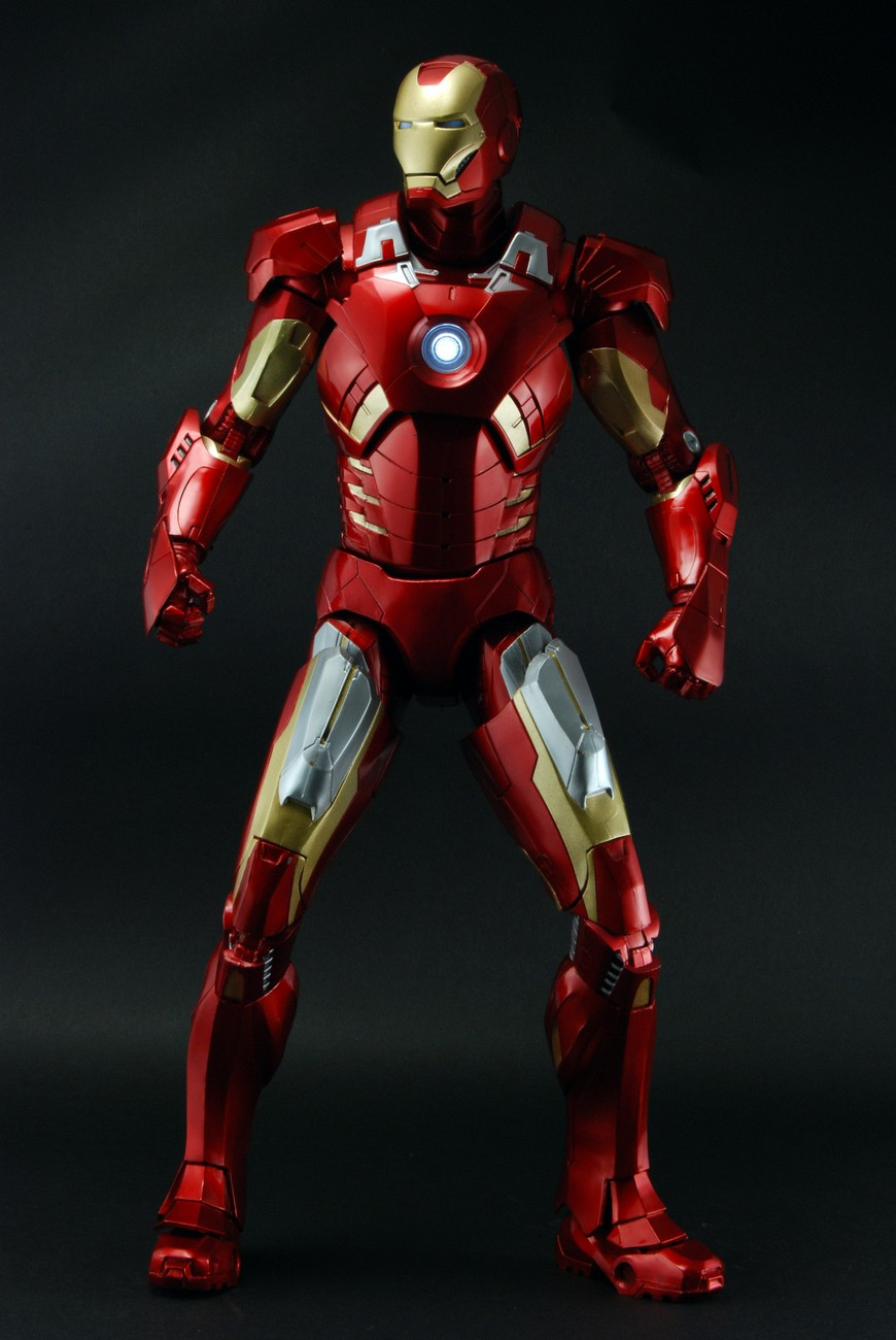 neca updates on their quarter scale iron man the toyark. Black Bedroom Furniture Sets. Home Design Ideas