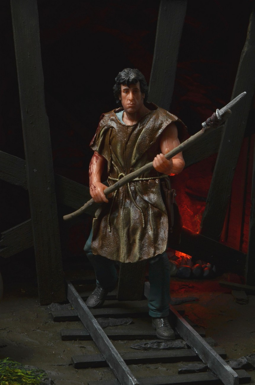 "[NECA] Rambo – 7″ Action Figure – Series 1 ""First Blood"" (Case 6)  - Página 2 Survival-Rambo-NECA-005"