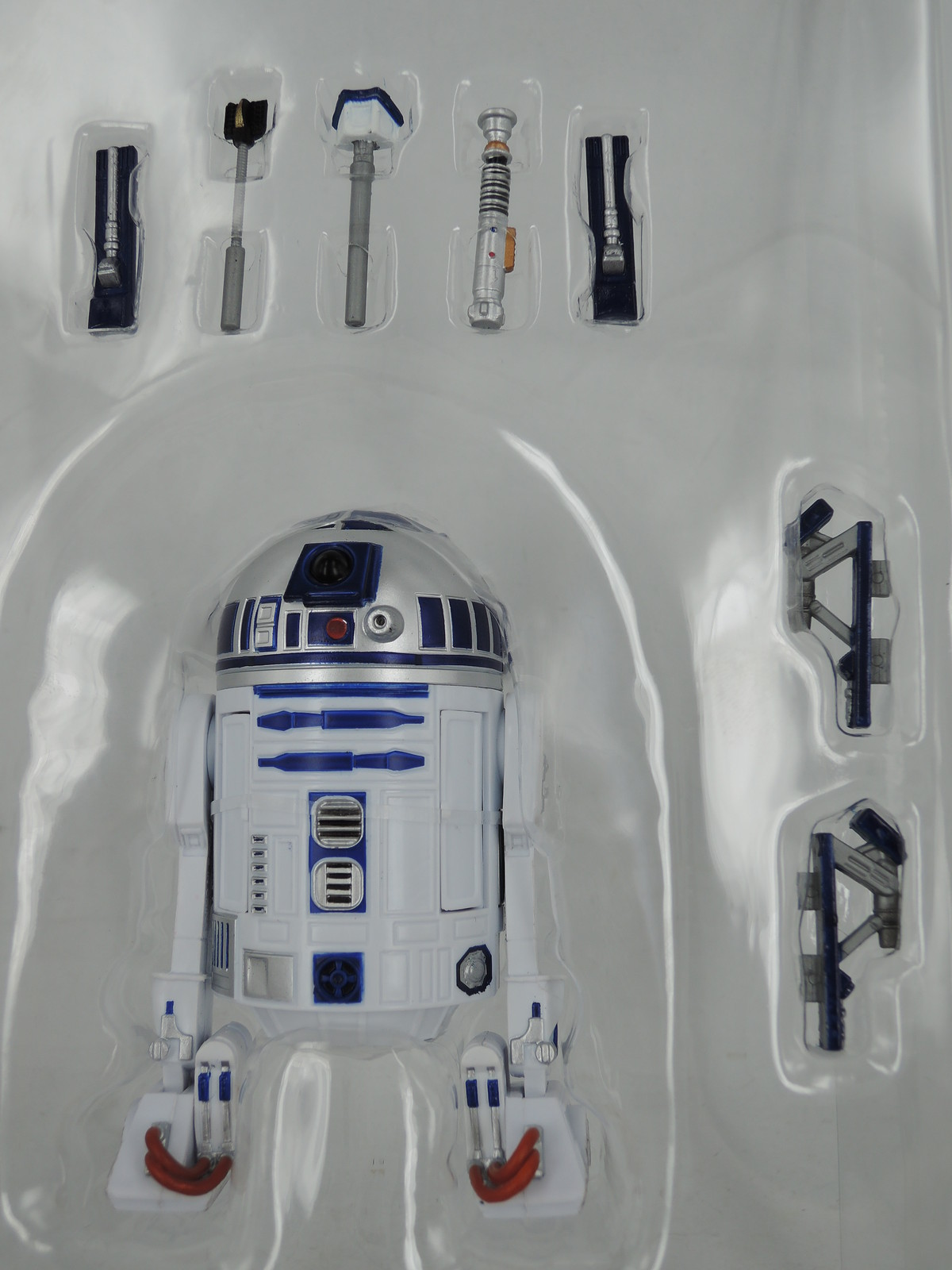 Star Wars Black Series 6 Inch R2D2 01