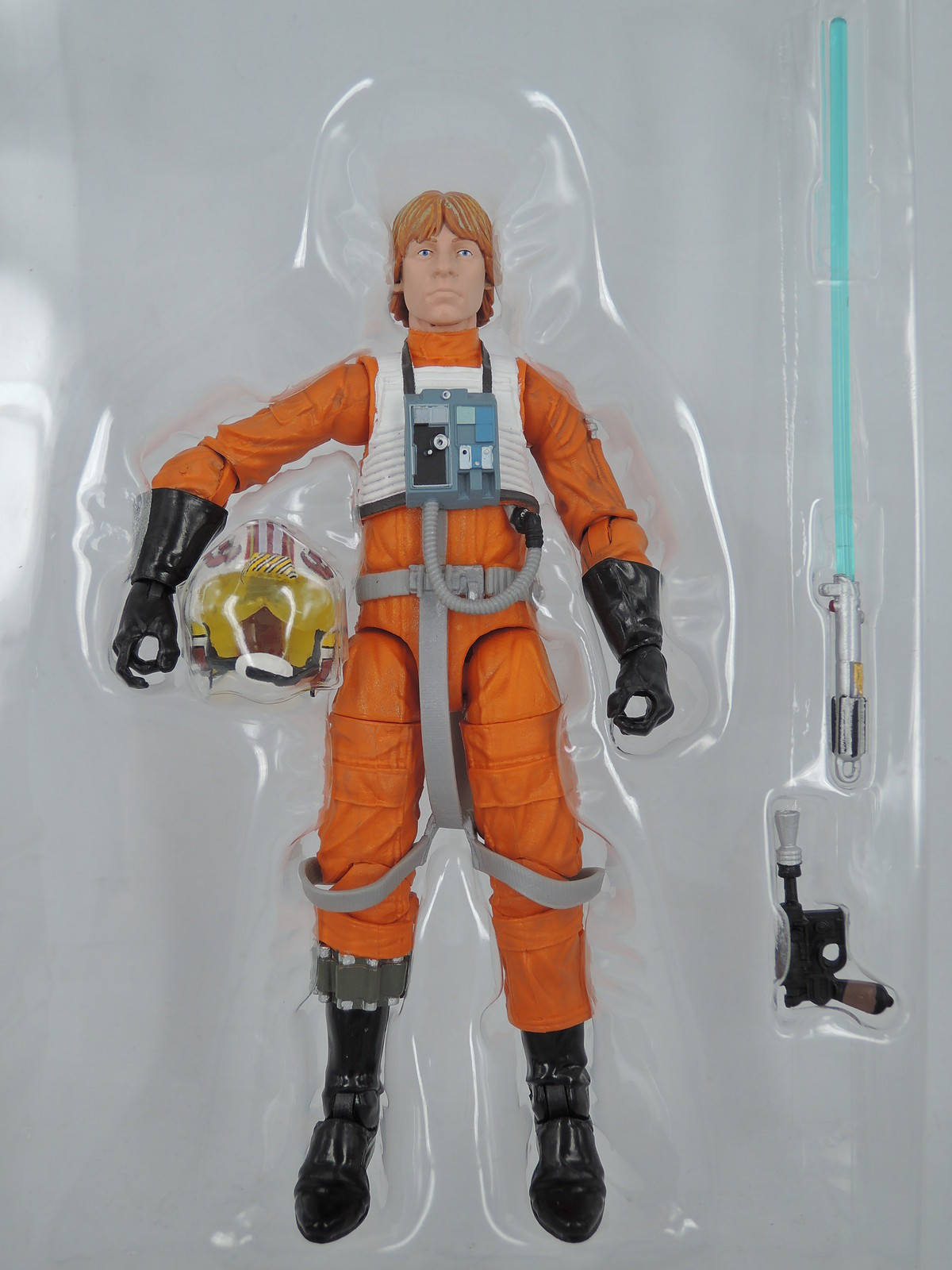 Star Wars Black Series Luke Skywalker X Wing Pilot 01