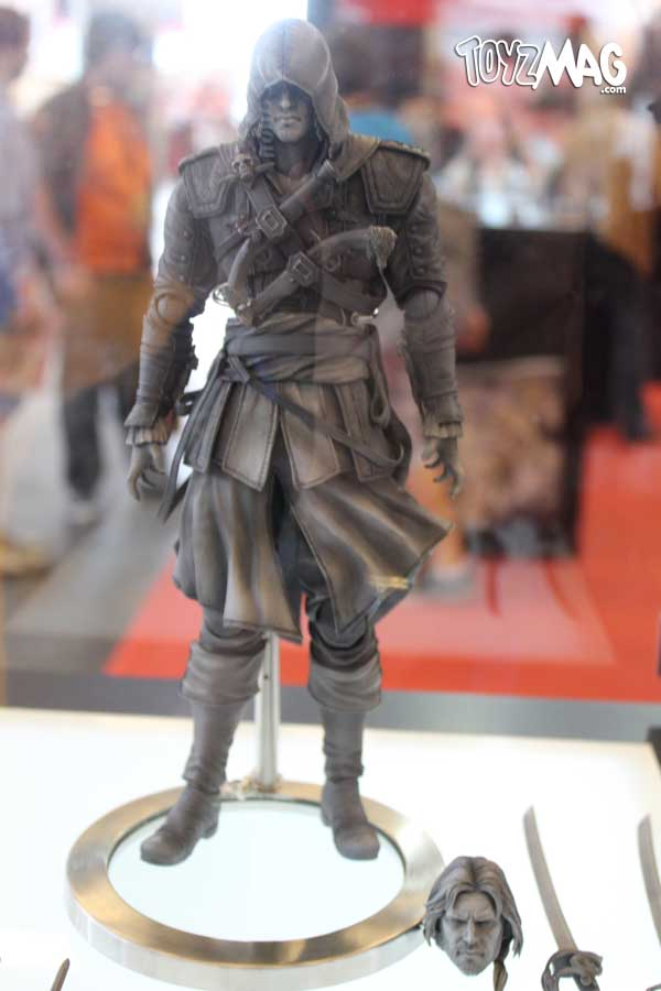 New Assassin's Creed Play Arts Kai Figures Revealed - The ...