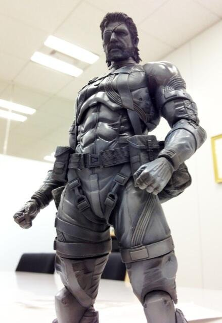 MGS5 Punished Snake Play Arts Kai Preview
