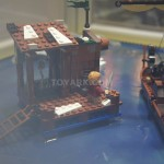 SDCC 2013 LEGO Hobbit Lake Town Chase 002