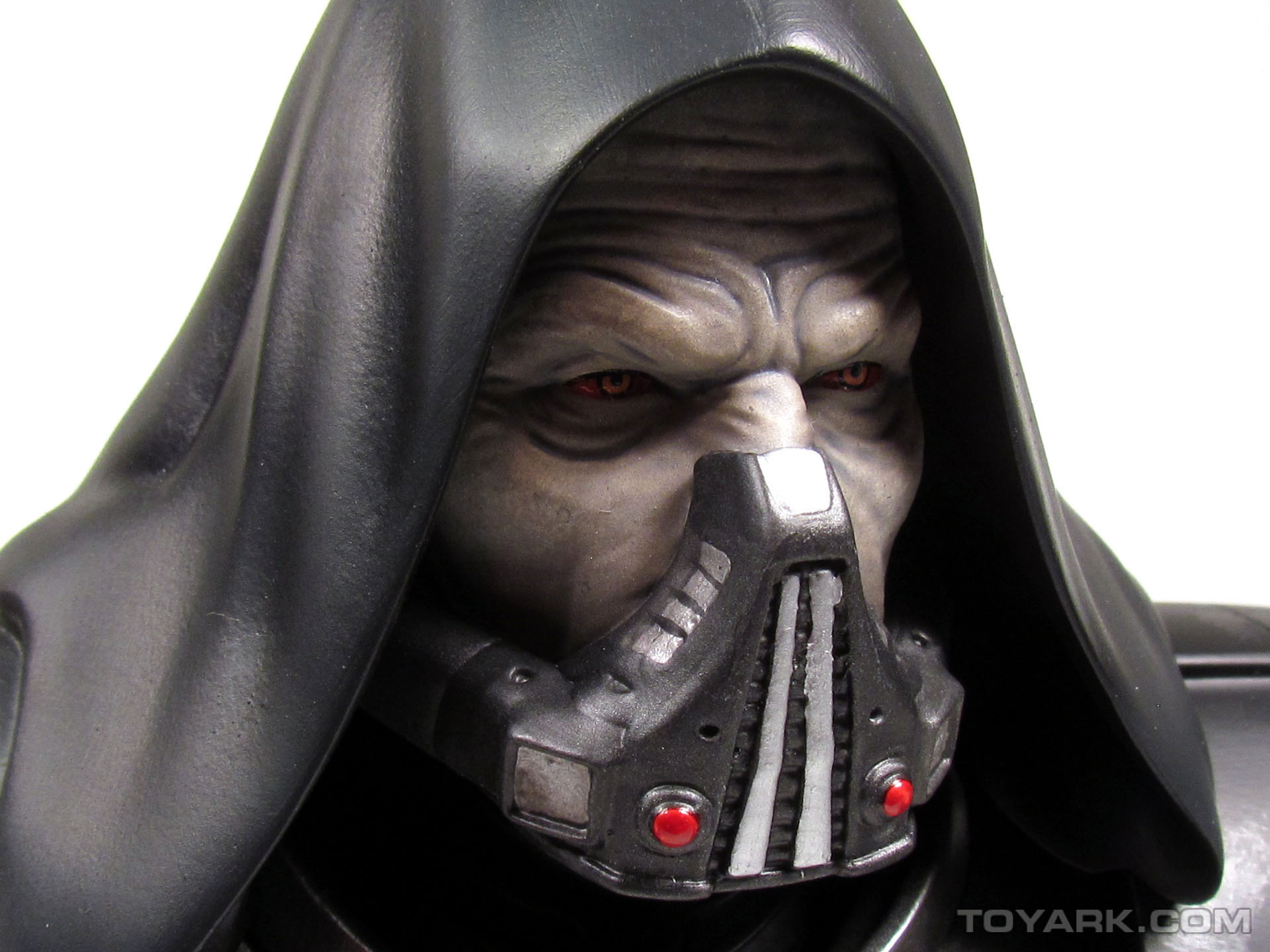 Gentle Giant Darth Malgus Bust 023