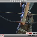 Lara Croft Survivor Statue 004