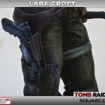 Lara Croft Survivor Statue 005
