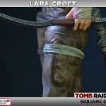 Lara Croft Survivor Statue 009